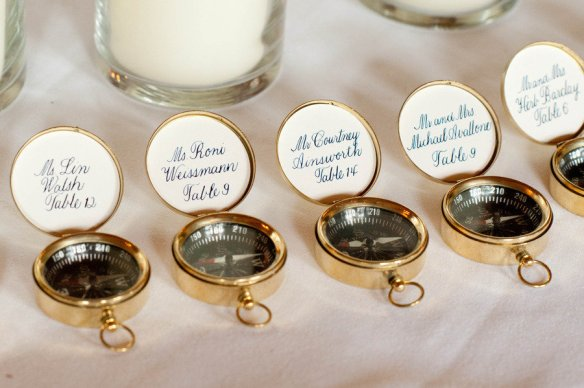 nautical-themed-real-wedding-compass-guest-favors-escort-cards_original